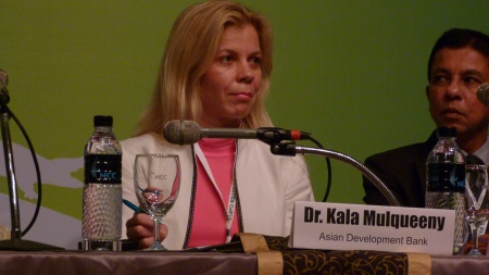 2 Dr.Kala moderating a panel 2